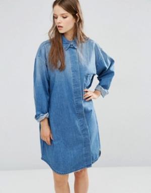 Waven Джинсовое платье-рубашка Sigvor. Цвет: синий
