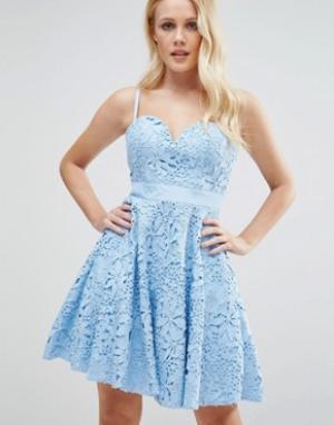 Forever Unique Кружевное платье мини для выпускного с вырезом сердечком Uniqu. Цвет: синий