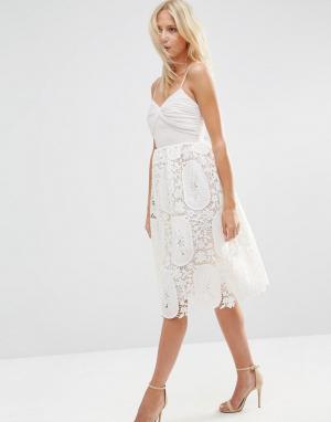 ASOS Платье для выпускного с плиссированным лифом и кружевной юбкой. Цвет: розовый