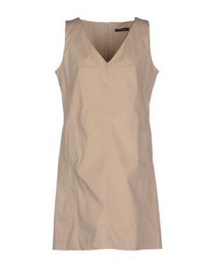 Короткое платье OLLY DOO. Цвет: бежевый