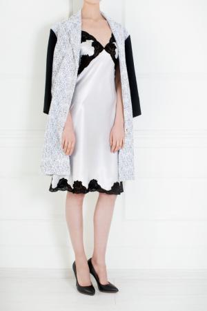 Пальто из искусственного шелка Roland Mouret. Цвет: белый, черный