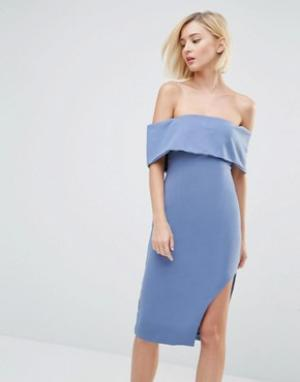 Lavish Alice Асимметричное платье миди с глубоким лифом-бандо. Цвет: синий