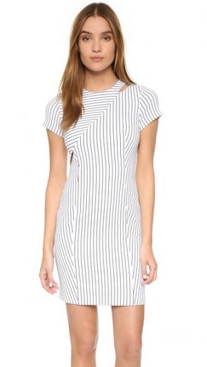 Платье в полоску Raina O'2nd. Цвет: белый