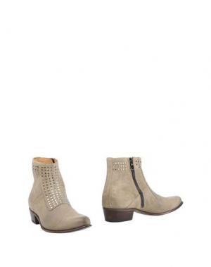 Полусапоги и высокие ботинки SEBOY'S. Цвет: песочный