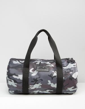 Heist Стеганая сумка с серым камуфляжным принтом. Цвет: серый