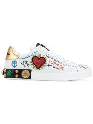 Кроссовки с заплатками Dolce & Gabbana. Цвет: белый
