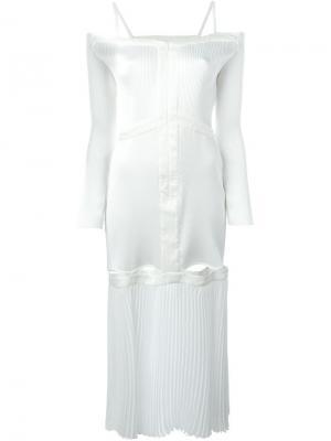 Платье с приспущенными плечами Barbara Casasola. Цвет: белый