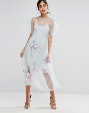Hope and Ivy Сетчатое приталенное платье миди с вышивкой &. Цвет: серый