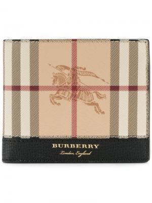 Бумажник в клетку Burberry. Цвет: телесный