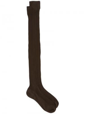 Длинные носки в рубчик Cherevichkiotvichki. Цвет: коричневый