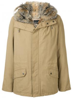Пальто на молнии с капюшоном Yves Salomon Homme. Цвет: коричневый