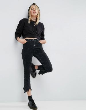 ASOS Черные укороченные расклешенные джинсы. Цвет: черный