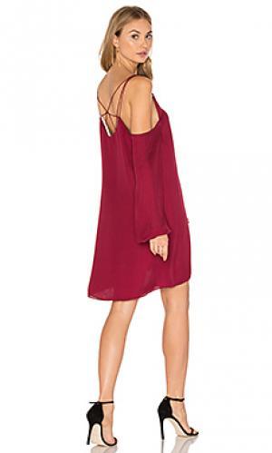 Платье с прорезями на плечах crossroads Haute Hippie. Цвет: вишня