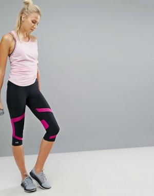 Under Armour Леггинсы-капри для бега Coolswitch. Цвет: мульти
