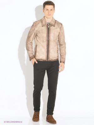 Куртка кожаная VESIVIO. Цвет: коричневый