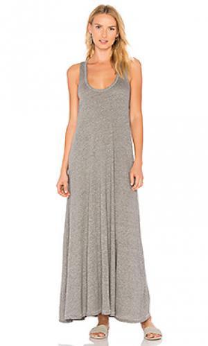 Плиссированное платье макси The Great. Цвет: серый