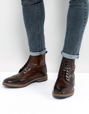 Base London Коричневые кожаные ботинки броги. Цвет: коричневый