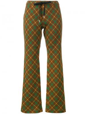 Расклешенные брюки с принтом тартан Marni. Цвет: коричневый
