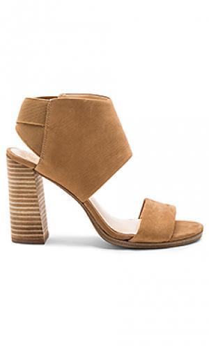 Туфли на каблуке keisha Vince Camuto. Цвет: цвет загара
