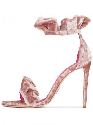 Бархатные сандалии Antoinette с оборками Oscar Tiye. Цвет: телесный