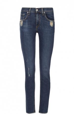 Укороченные джинсы с бахромой и потертостями Rag&Bone. Цвет: голубой