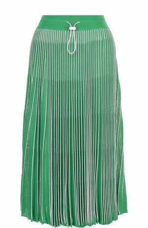 Плиссированная юбка-миди с эластичным поясом Valentino. Цвет: зеленый