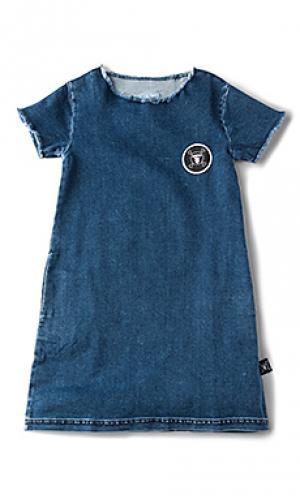 Трапециевидное джинсовое платье Nununu. Цвет: синий