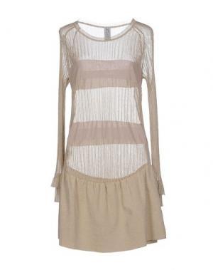 Короткое платье PINKO UNIQUENESS. Цвет: золотистый