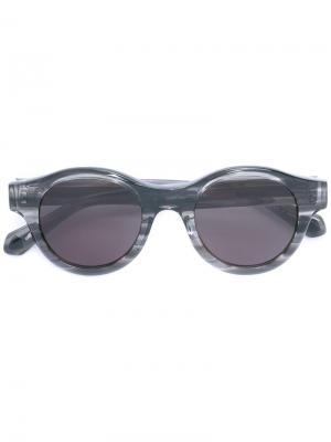 Солнцезащитные очки в круглой оправе Matsuda. Цвет: серый