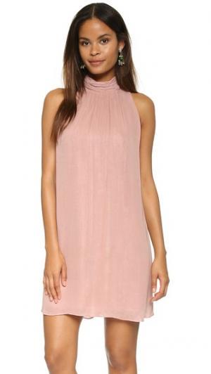 Платье Rhiannon alice + olivia. Цвет: бледно-розовый