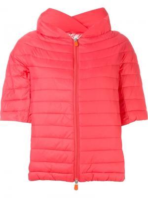 Дутая куртка с короткими рукавами Save The Duck. Цвет: розовый и фиолетовый
