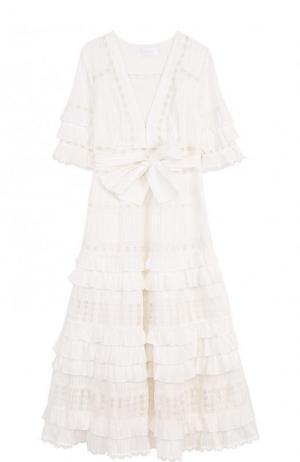Хлопковое платье-миди с оборками и поясом Zimmermann. Цвет: кремовый