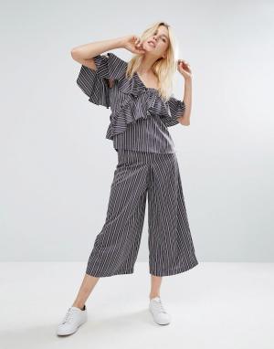 J.O.A Комбинируемые широкие брюки в полоску. Цвет: темно-синий