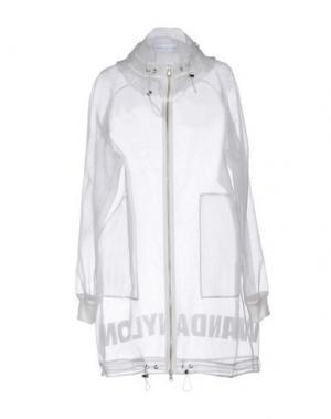 Легкое пальто WANDA NYLON. Цвет: белый