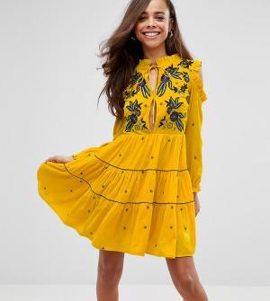 Frock and Frill Petite Свободное бархатное платье с цветочной вышивкой. Цвет: желтый