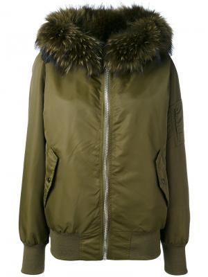 Куртка-бомбер с меховым воротником Liska. Цвет: зелёный