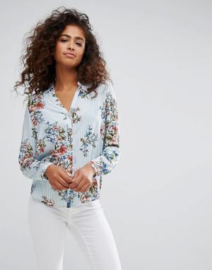 Esprit Рубашка с цветочным принтом. Цвет: мульти