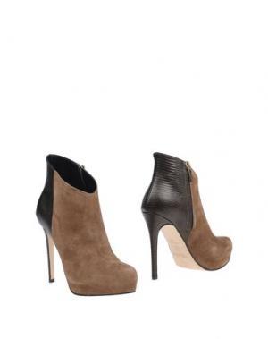 Полусапоги и высокие ботинки MI AMOR. Цвет: хаки