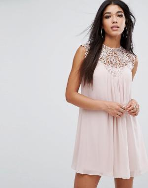 Lipsy Свободное платье с кружевной отделкой. Цвет: розовый