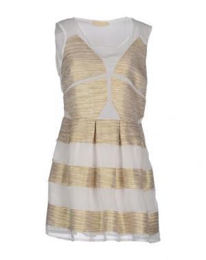 Короткое платье EYEDOLL. Цвет: белый