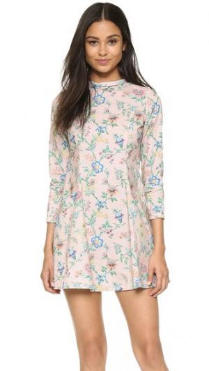 Платье Passion Samantha Pleet. Цвет: розовые обои