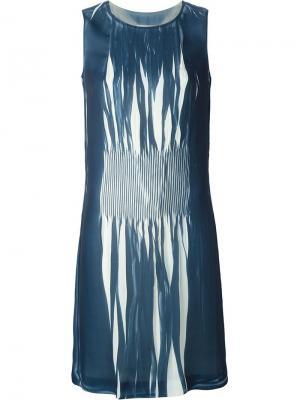 Плиссированное платье шифт Maison Margiela. Цвет: синий