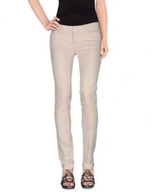 Джинсовые брюки D-21. Цвет: бежевый