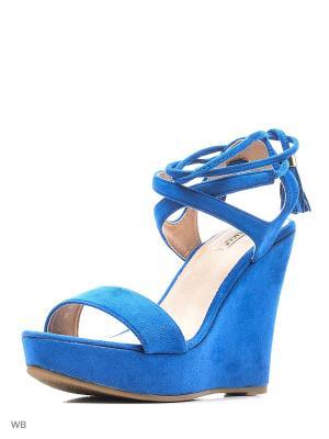 Босоножки Vitacci. Цвет: синий