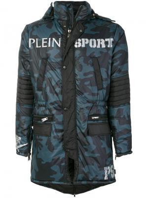 Стеганое пальто с камуфляжным принтом Plein Sport. Цвет: синий