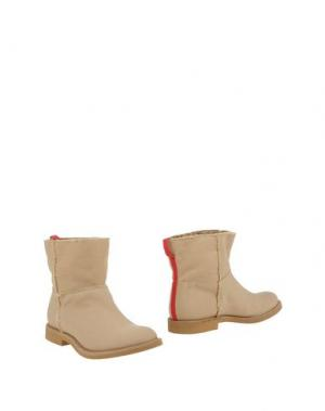 Полусапоги и высокие ботинки LIVIANA CONTI. Цвет: бежевый