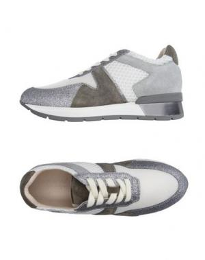 Низкие кеды и кроссовки JANET SPORT. Цвет: серый