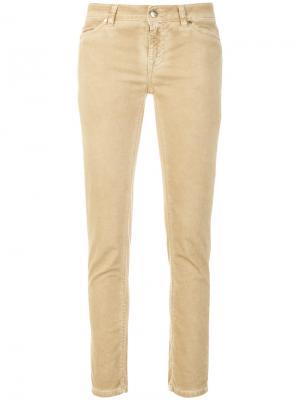 Классические джинсы скинни Twin-Set. Цвет: телесный