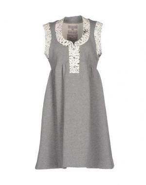 Короткое платье HEIMSTONE. Цвет: светло-серый
