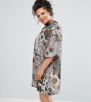 Elvi Платье со звериным принтом и воротником-стойкой. Цвет: мульти